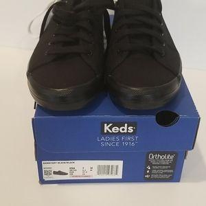Keds kickstart tennis shoes size 7 NWT